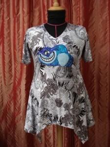 Cheshire cat op shirt