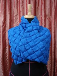 """Entrelac sjaal (Zie """"Cadeautjes van de juf"""" voor een patroon)"""