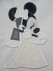 Ghost Minnie €14,95